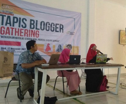 Gathering Tapis Blogger